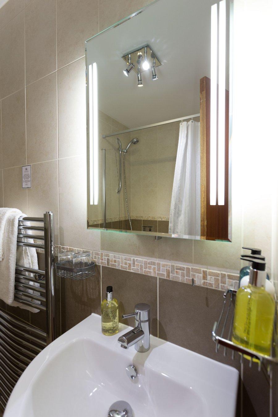 room24_bath