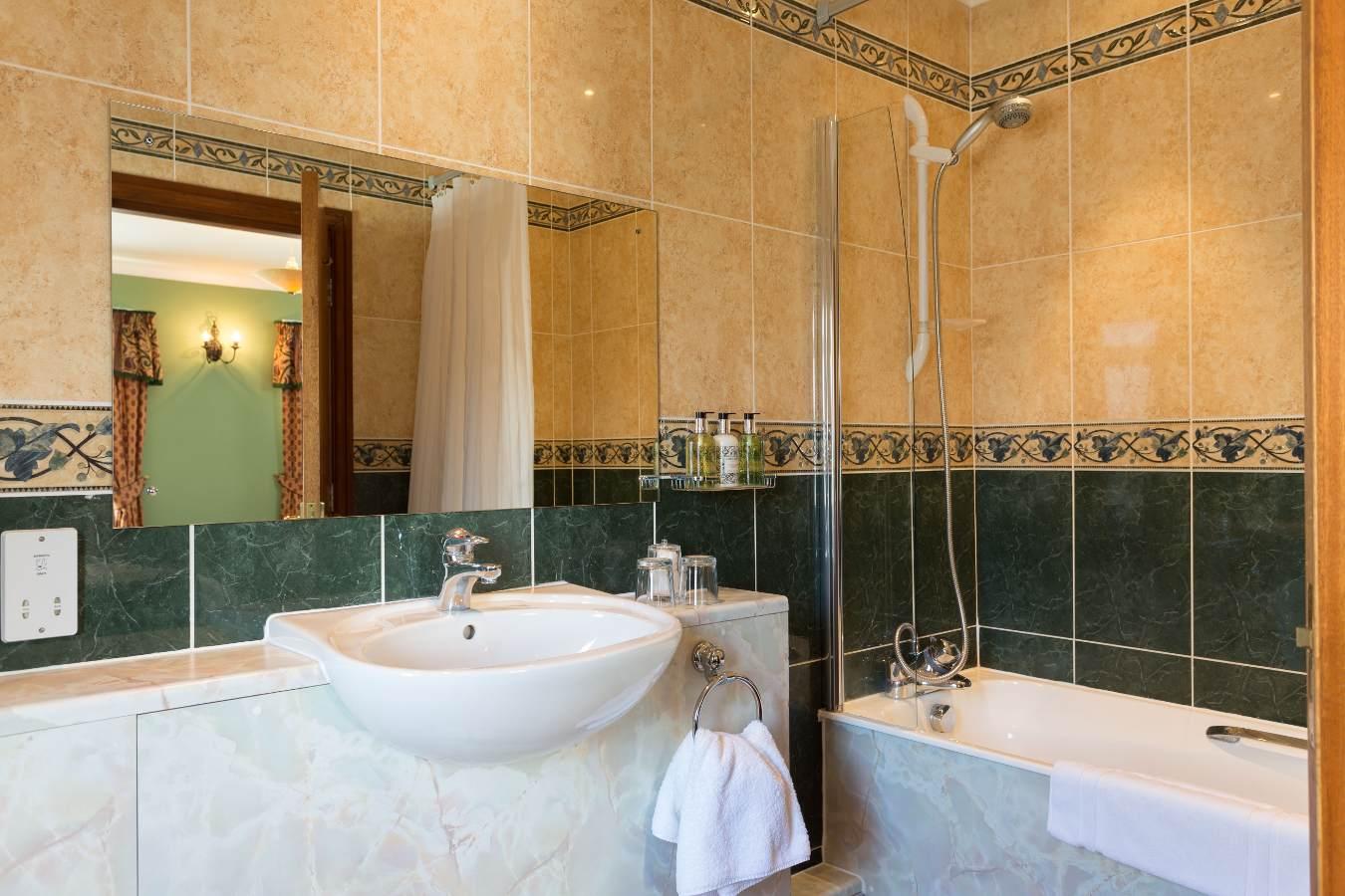 room34_bath